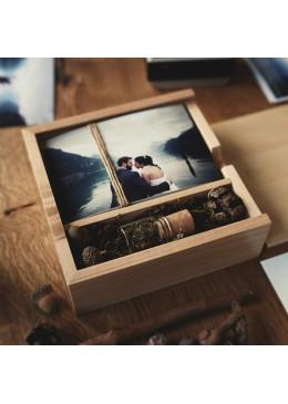 Holzbox mit USB Stick